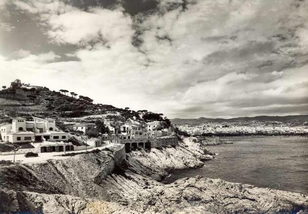 Vista de la urbanització de Sant Elm cap al 1960 AMSFG. Fons Jaume Cervera (Editor: Bidasoa)