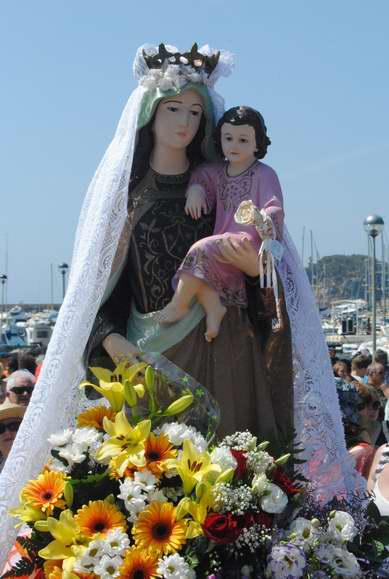 Verge del Carme durant la processó del juliol del 2011 a Sant Feliu de Guíxols Procedència: Premsa (Autor:Mercè Pérez Espinar)