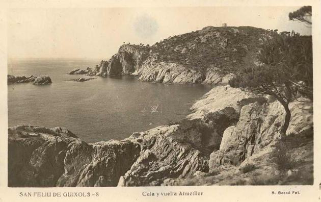 Vista de la cala i la Volta de l'Ametller als anys 50 AMSFG. Col·lecció Municipal d'Imatges (R. Gassó)