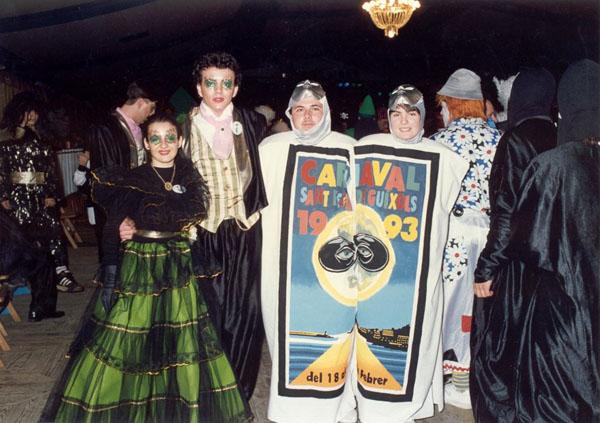 Ambient de l'envelat durant el Carnaval de l'any 1993. AMSFG. Col·lecció Municipal d'Imatges (Autor: desconegut)