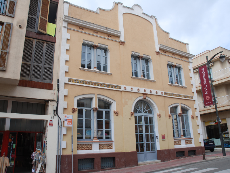 Barri de l'Eixample. Sant Feliu de Guíxols. Mercè Pérez Espinar. 2012.