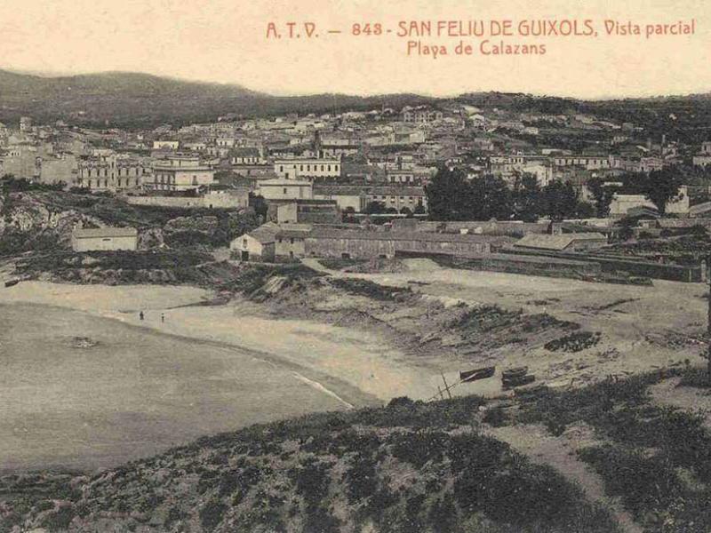 Vista de Calassanç abans de la construcció del port, primera dècada del segle XX. AMSFG. Col·lecció Municipal d'Imatges (Àngel Toldrà Viazo)