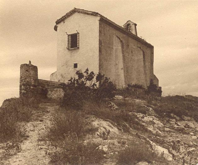 Ermita de Sant Elm cap al 1930 AMSFG. Col·lecció Municipal d'Imatges (Autor desconegut)