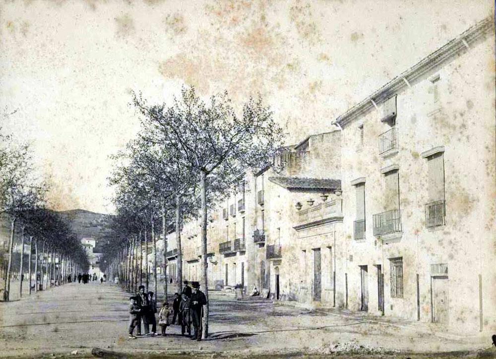 Passeig del Mar l'any 1889 AMSFG. Col·lecció Espuña-Ibáñez (Autor: Jaume Bertran)