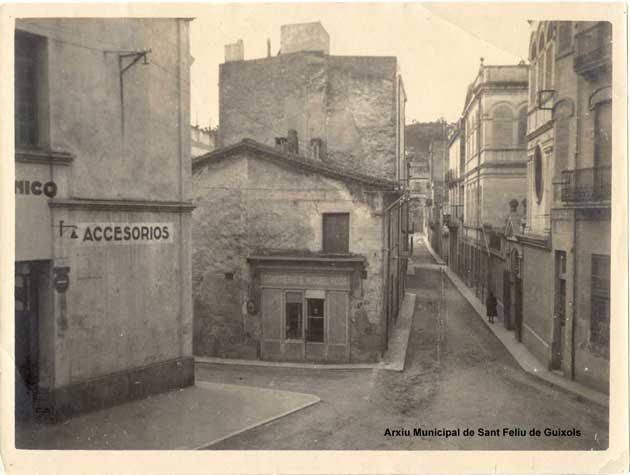 Carrer Hospital. Autor desconegut. Arxiu Municipal de Sant Feliu de Guíxols.